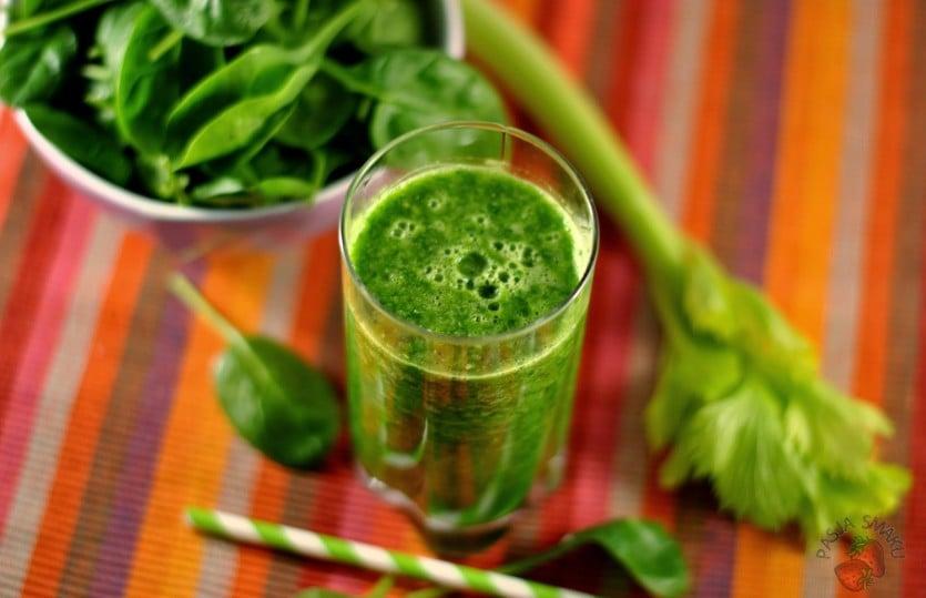 Oczyszczający zielony koktajl