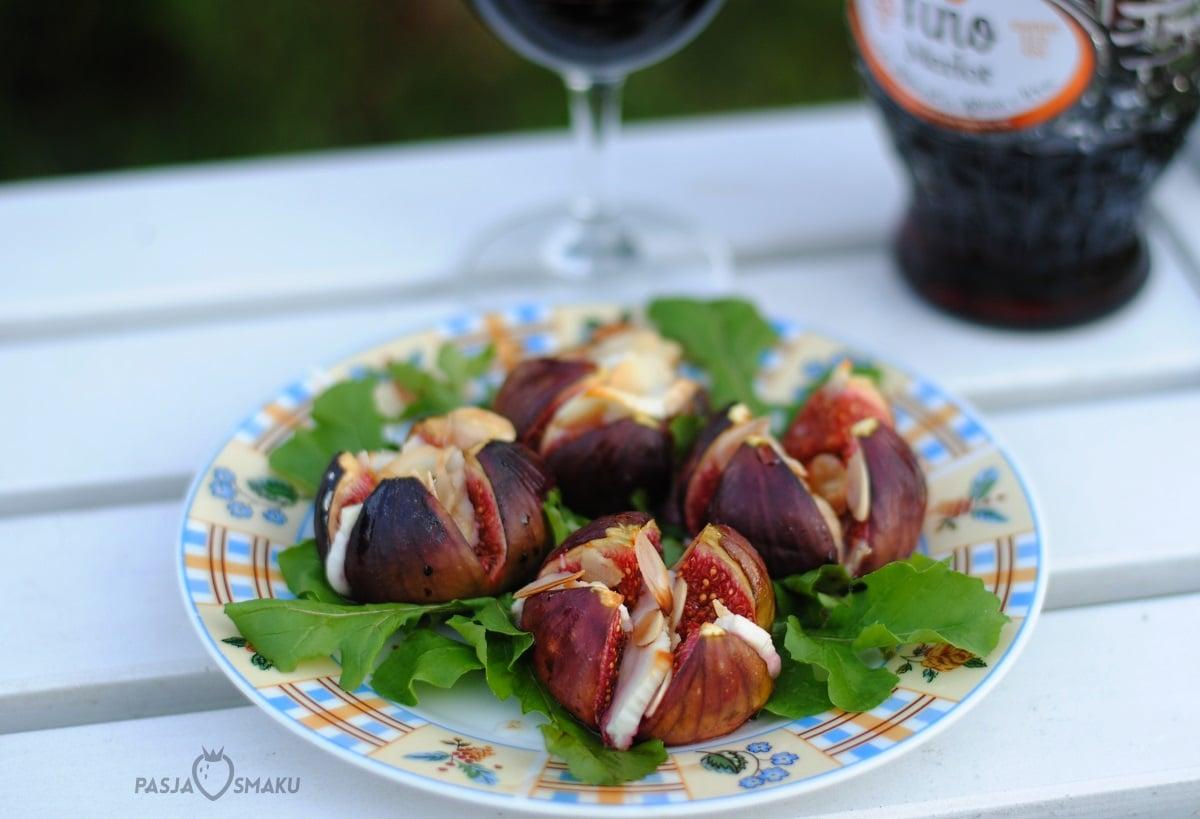 Pieczone figi z kozim serem