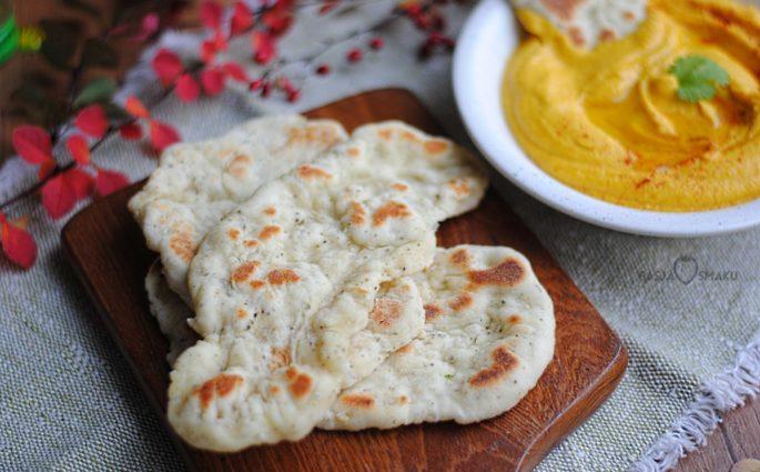 Chlebek z ziołami i czosnkiem
