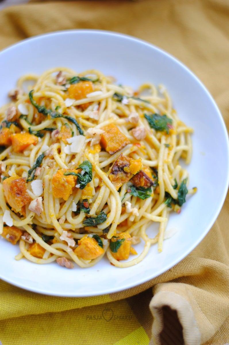Spaghetti z dynią i szpinakiem