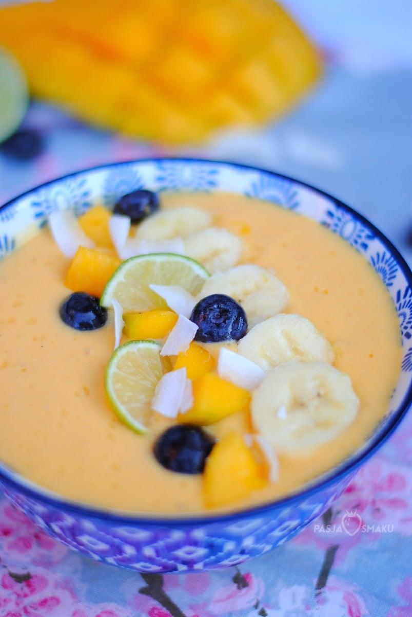 Smoothie bowl z mango