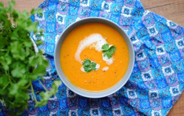 Zupa-krem z czerwonej soczewicy i batatów